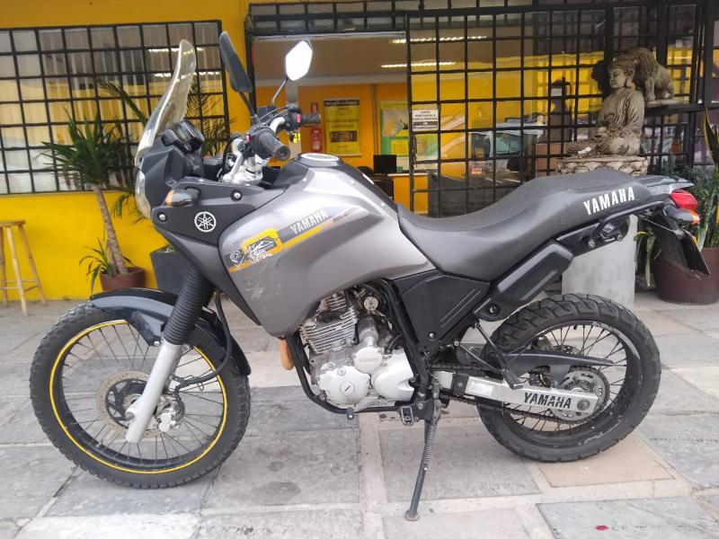 YAMAHA XTZ 250 TENERE/TENERE BLUEFLEX CINZA Manual Gasolina 2015