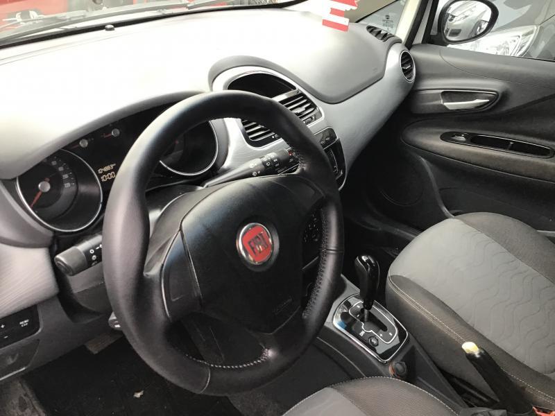FIAT Punto ESSENCE Dualogic 1.6 Flex 16V 5p BRANCA Automático Flex 2013