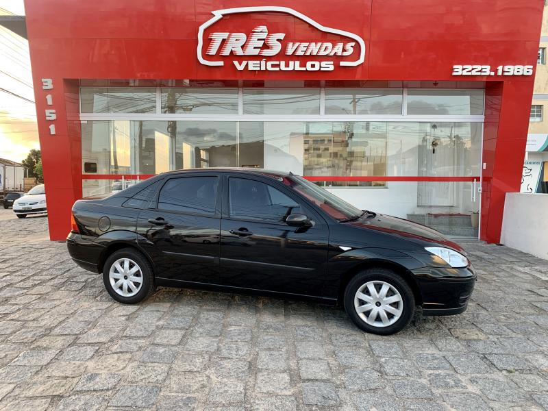 FORD Focus Sedan 1.6/1.6 Flex 8V/16V 4p Mec. PRETA Manual Gasolina 2007