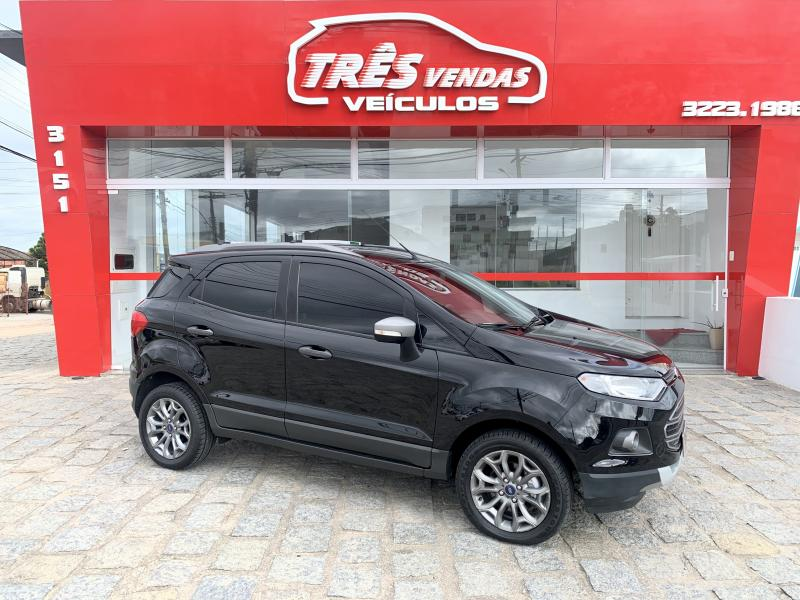 FORD EcoSport FREESTYLE 1.6 16V Flex 5p PRETA Manual Flex 2014
