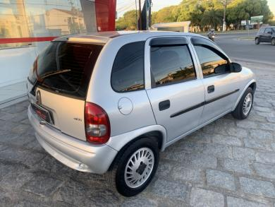 CHEVROLET Corsa Wind 1.0 MPF/MilleniumI/ EFI 4p PRATA Manual Gasolina 2002