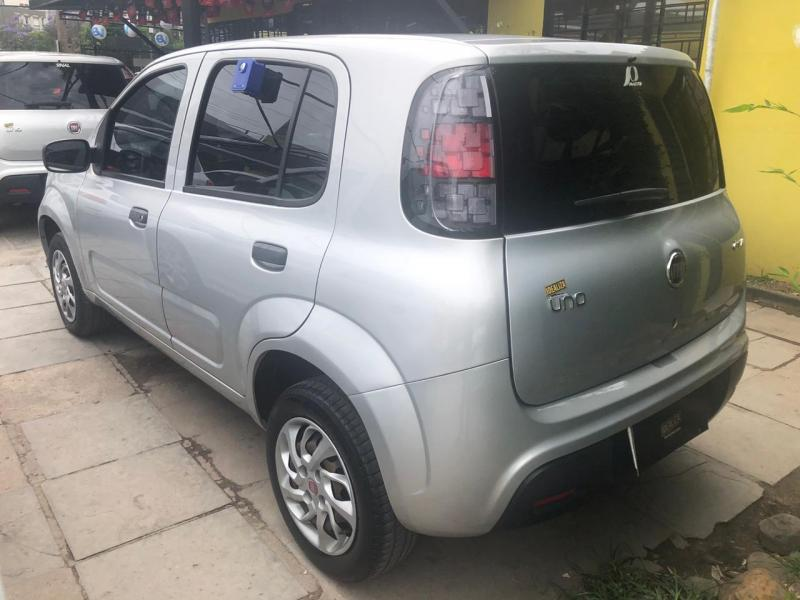 FIAT UNO DRIVE 1.0 Flex 6V 5p PRATA Manual Flex 2018