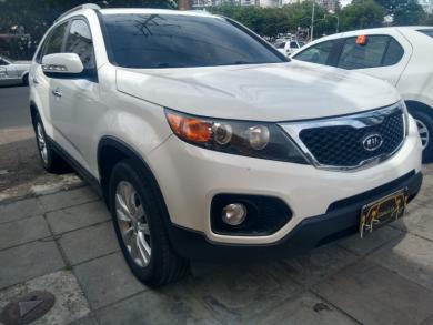 KIA Sorento 2.4 16V 174cv 4x2 Aut. BRANCA Automático Gasolina 2012